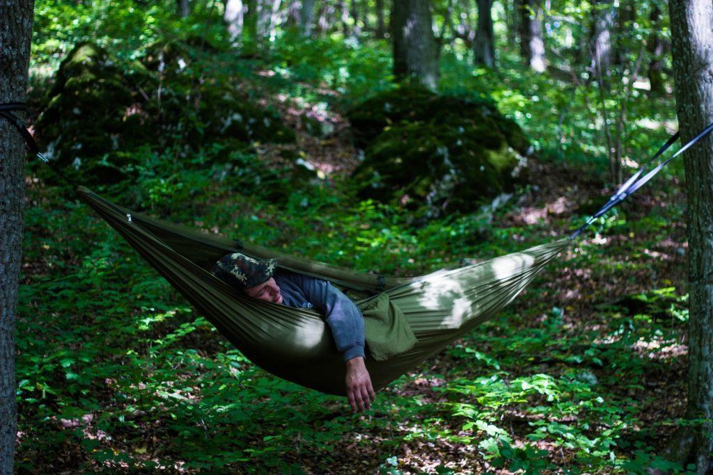 Wild-Camping Favorit: Hängematte, Tarp oder Zelt?